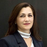Vera Krcic : Sales Consultant