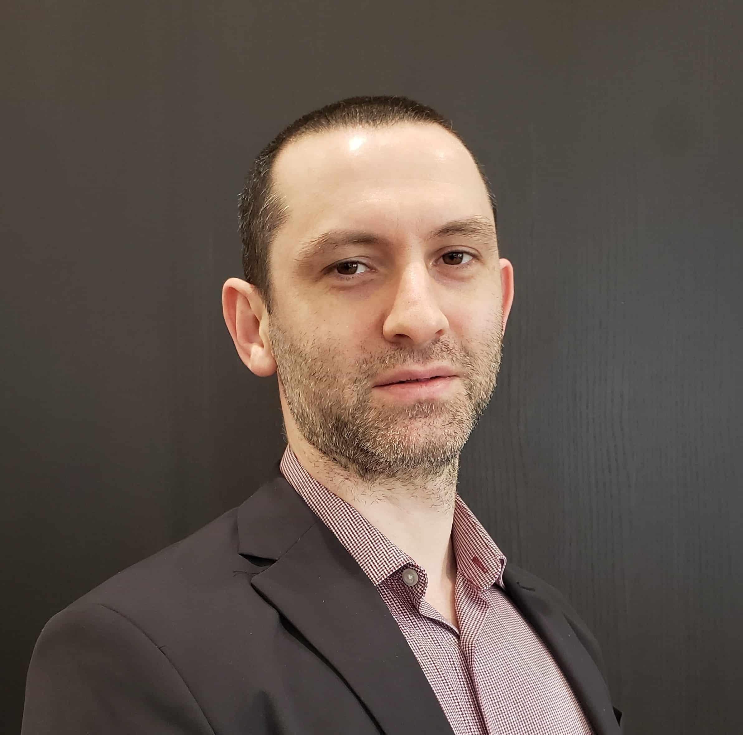 Arkadi Licht : Sales Consultant